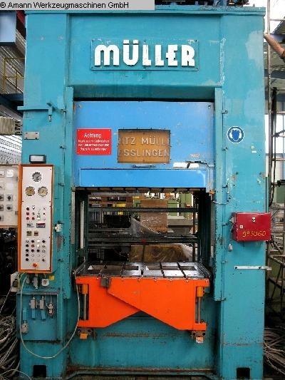 Presses utilisées Presse à double colonne Presse -Hydr. MÜLLER KEZ 315-16 / 6.5.1 (UVV)