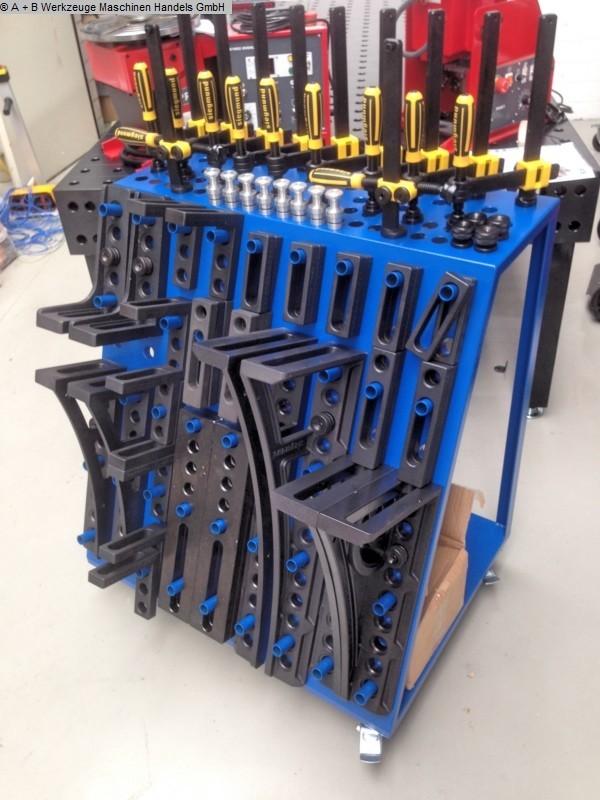 occasion Autres accessoires pour machines-outils Table de serrage SIEGMUND 28 / SONDERSET / 96 tlg.