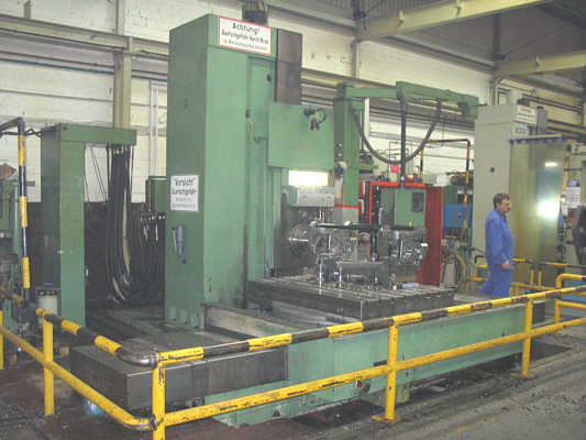 used Table Type Boring and Milling Machine UNION BFKF 110