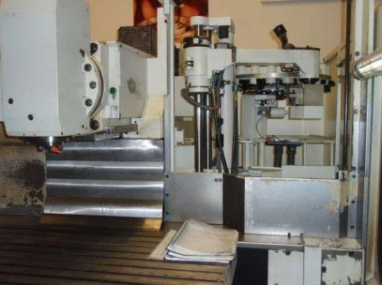 gebrauchte  Werkzeugfräsmaschine - Universal Mikron WF 72 C
