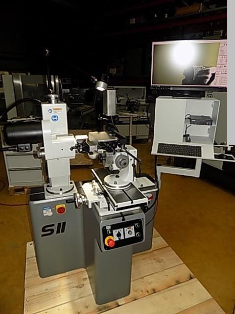gebrauchte  Werkzeugschleifmaschine - Universal DECKEL S11