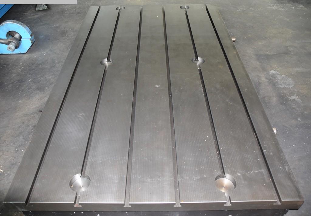 gebrauchte Maschine Aufspannplatte STOLLE 2,5x1,5