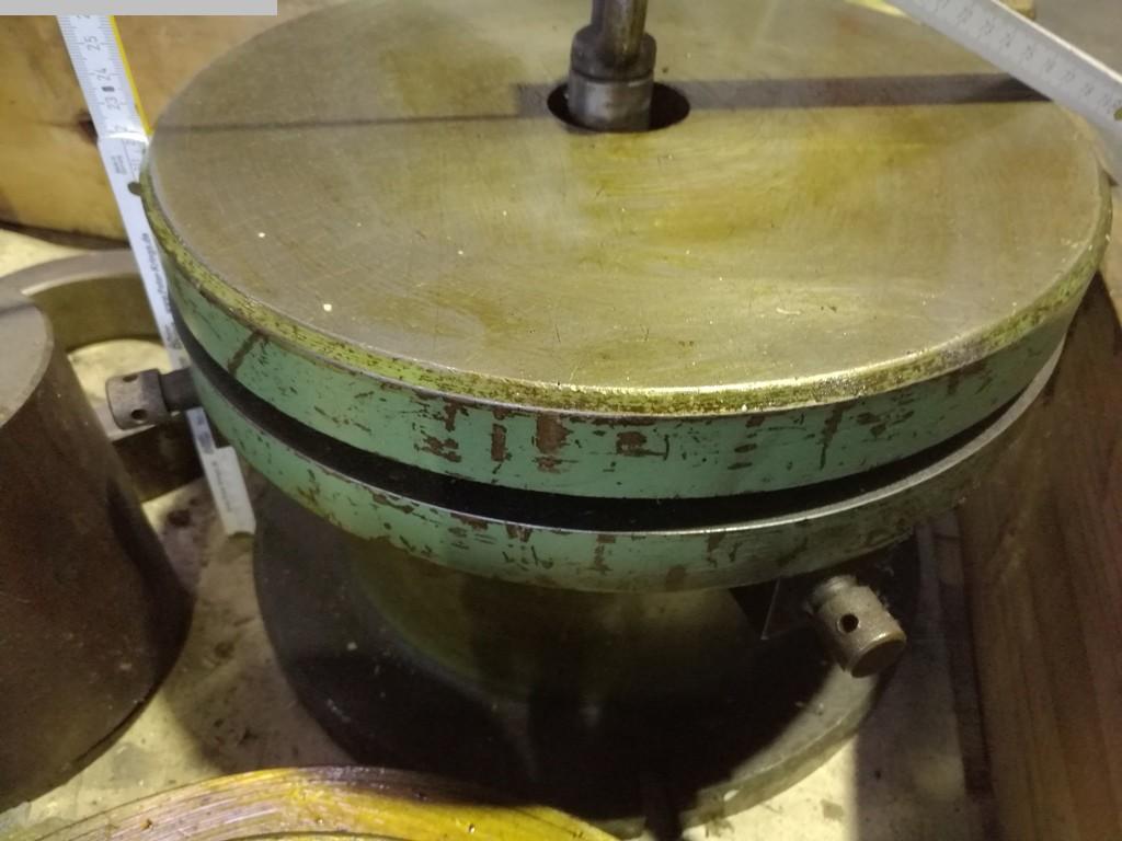 gebrauchte Maschine Aufspanntisch AUFSPANNTISCH Ø600 - Ø330