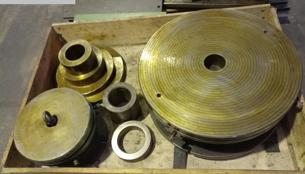 Autres accessoires pour machines-outils d'occasion Table de serrage AUFSPANNTISCH Ø600 - Ø330