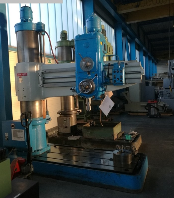 used Boring mills / Machining Centers / Drilling machines Radial Drilling Machine KOLB NKH 55