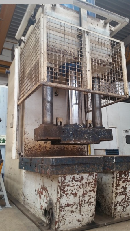 used Straightening Press - Single Column MAE HY S 315 S