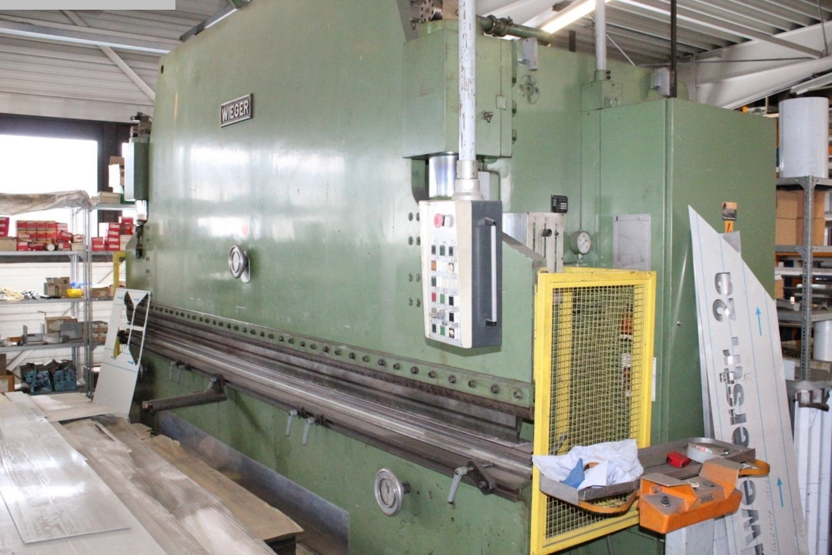 used Sheet metal working / shaeres / bending Hydr. pressbrake WIEGER AWHC 160/45 HH 300