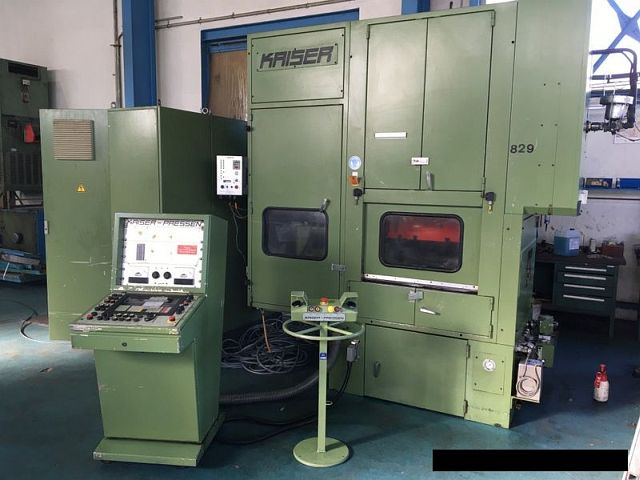Presse à poinçonner automatique machine KAISER V 50W / 860