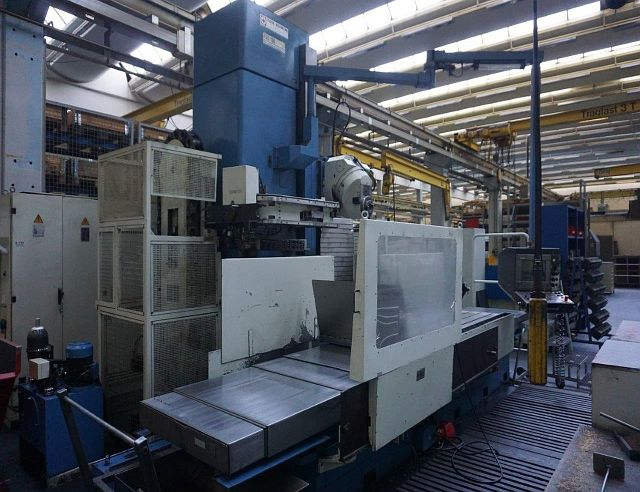 used Milling machines Bed Type Milling Machine - Universal TOS KURIM FSQ 1000 R A2