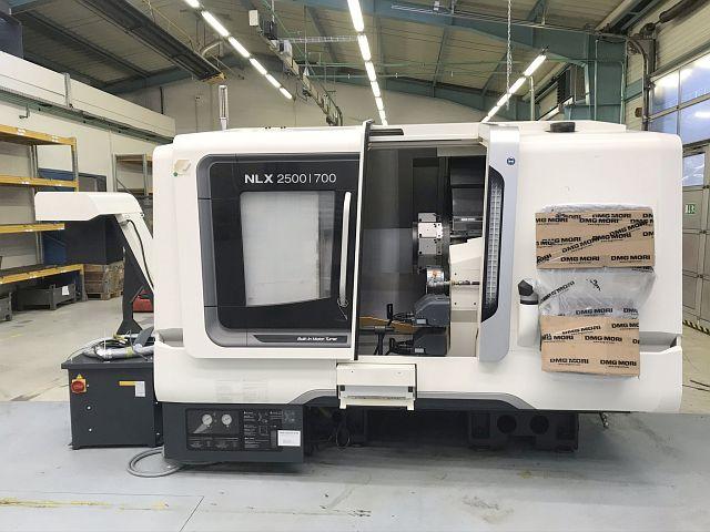gebrauchte Drehmaschinen CNC Dreh- und Fräszentrum DMG MORI NLX 2500/700