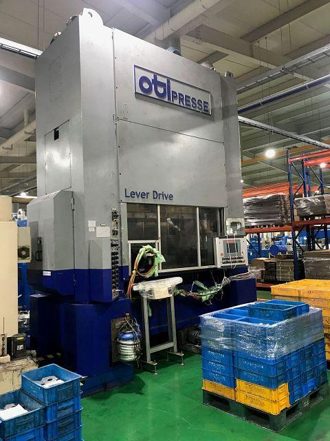 used Presses Eccentric Press - Double Column OTI 2028 2M LD