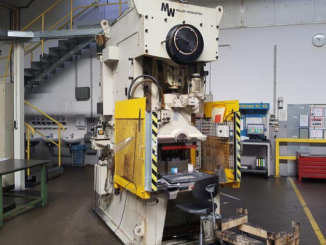 gebrauchte Pressen und Bördelmaschinen Einständerexzenterpresse MÜLLER WEINGARTEN ARP 125