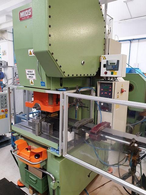 gebrauchte Pressen und Bördelmaschinen Einständerexzenterpresse MIOS T-55 TR