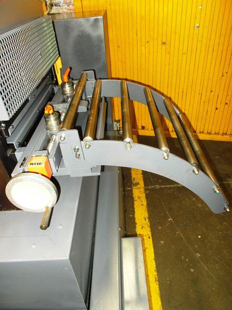 Otros accesorios para máquinas herramienta Alimentadores usados DREHER WAV 1125D