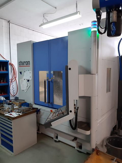 used Boring mills / Machining Centers / Drilling machines Machining Center - Universal CHIRON MILL FX 800 HIGH SPEED
