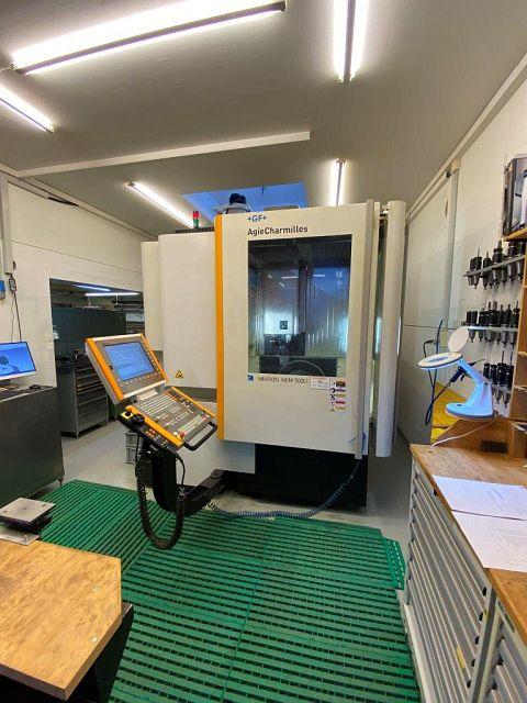 mandrinadoras usadas / Centros de mecanizado / Perforadoras Centro de mecanizado - Universal MIKRON HEM 500U