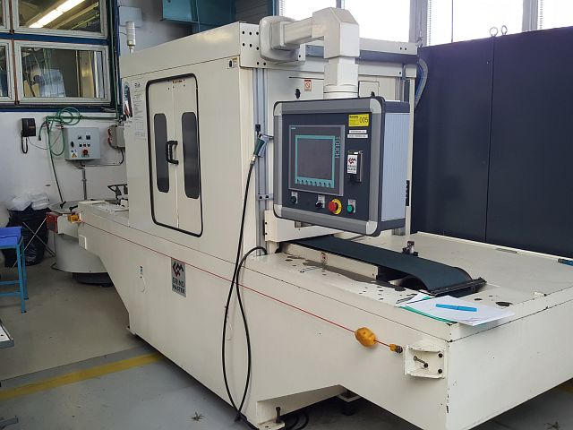 used Other Metal Processing Brush Deburring Machine GRINDMASTER E023A000