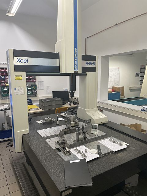 used Other Metal Processing Coordinate Measuring Machine BROWN + SHARPE XCEL 9/15/9