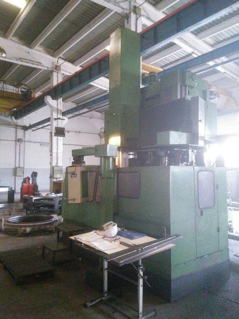 gebrauchte CNC-Karusselldrehmaschine - Einständer RUSSIA