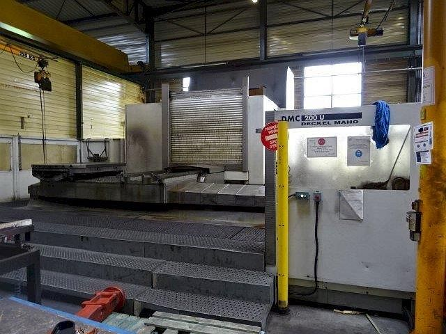 gebrauchte  Bearbeitungszentrum - Universal DMG DMC 200 U
