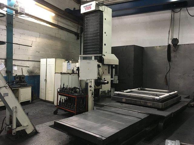 Fresadoras / Centros de mecanizado / Máquinas de taladrado usadas Tipo de mesa Mandrinadora y fresadora TOS WHQ 13.8