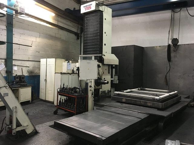 gebrauchte Bohrwerke / Bearbeitungszentren / Bohrmaschinen Tischbohrwerk TOS WHQ 13.8