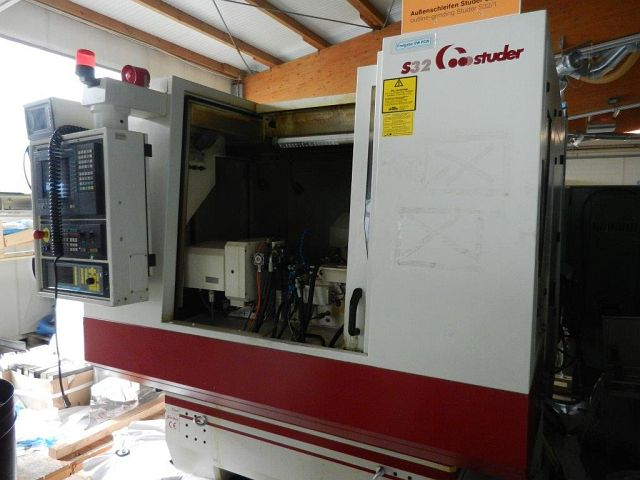used Cylindrical Grinding Machine STUDER S 32 CNC