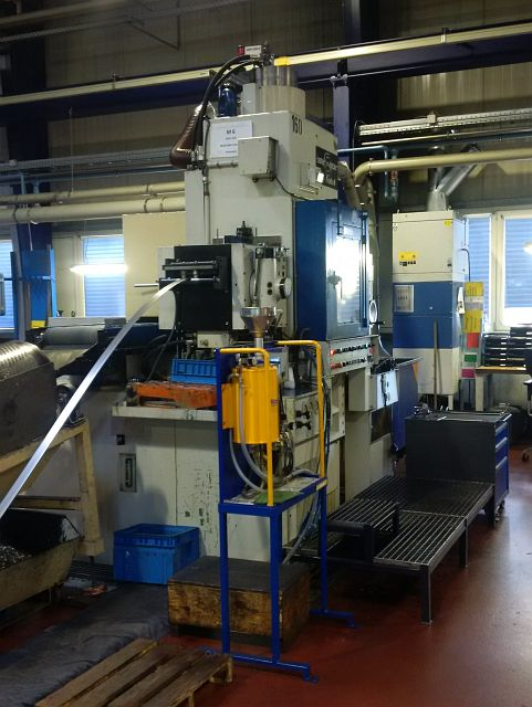 gebrauchte Maschine Feinstanzpresse FEINTOOL GKP 150/250
