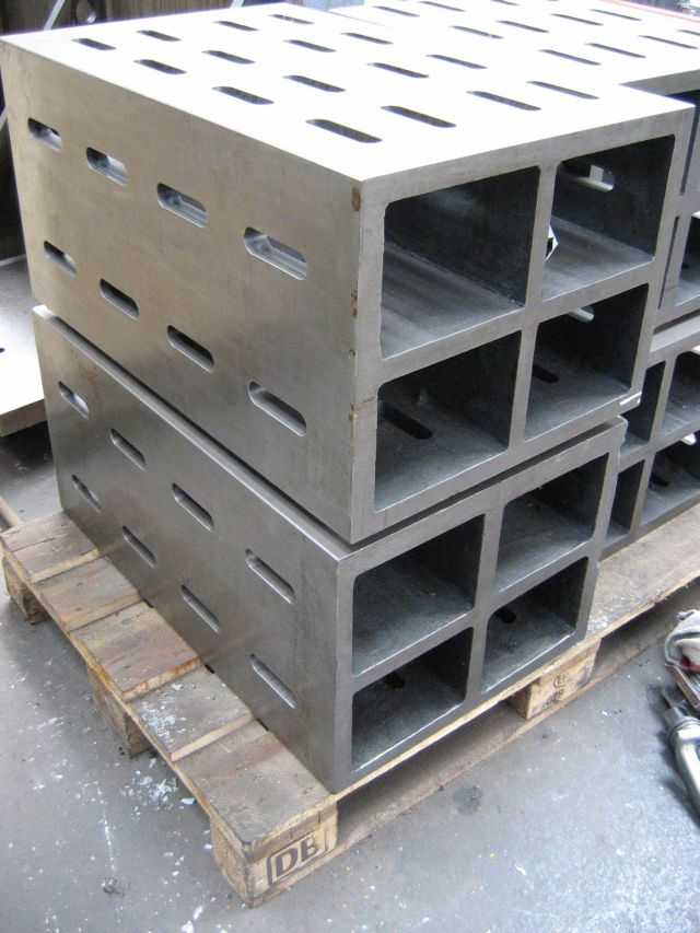 used  Clamping Cube .