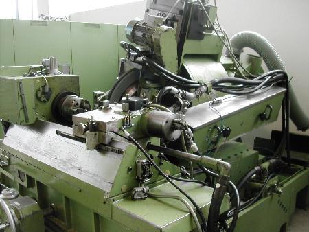gebrauchte Maschine Gewinde-Schnecken-Schleifmaschine LINDNER GH 300-38