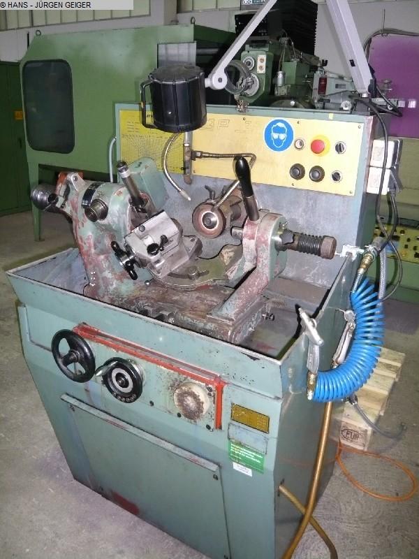 gebrauchte Maschine Bohrerschleifmaschine AVYAC 3 P 32