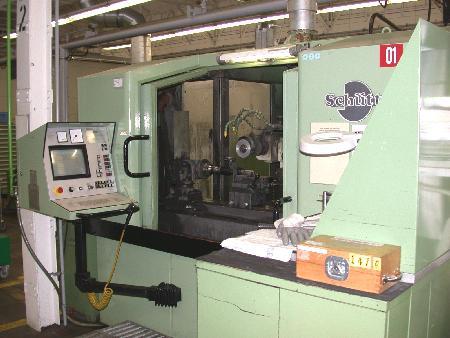 Afilador de herramientas usado - Universal SCHÜTTE WU 500 CNC - 4