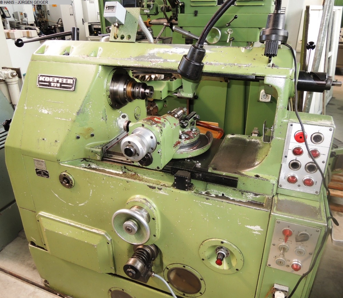 used Gear cutting machines Gear Hobbing Machine - Horizontal KOEPFER 151