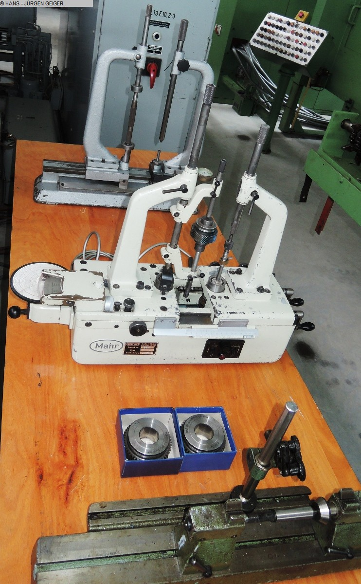 used Gear cutting machines Gear Testing Machine MAHR 895