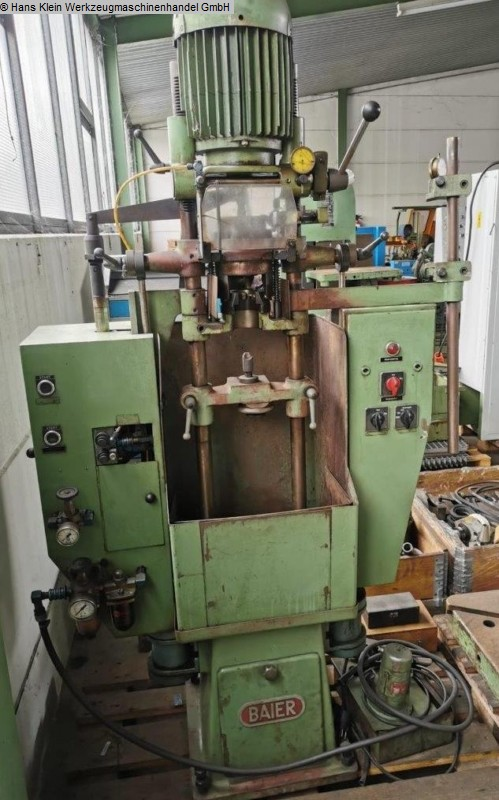 gebrauchte Zentrier- / Endenbearbeitungsmaschinen Abläng- und Zentriermaschine BAIER ZPD-S 1/100