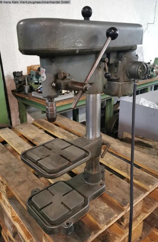 gebrauchte Bohrwerke / Bearbeitungszentren / Bohrmaschinen Tischbohrmaschine IXION