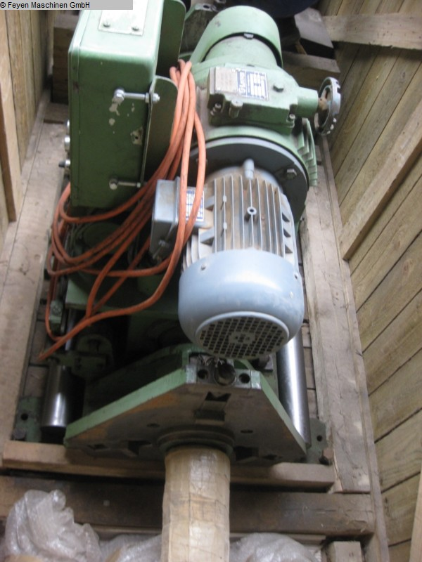 gebrauchte Bohrwerke / Bearbeitungszentren / Bohrmaschinen Ausbohrmaschine ASDORF TLB 100