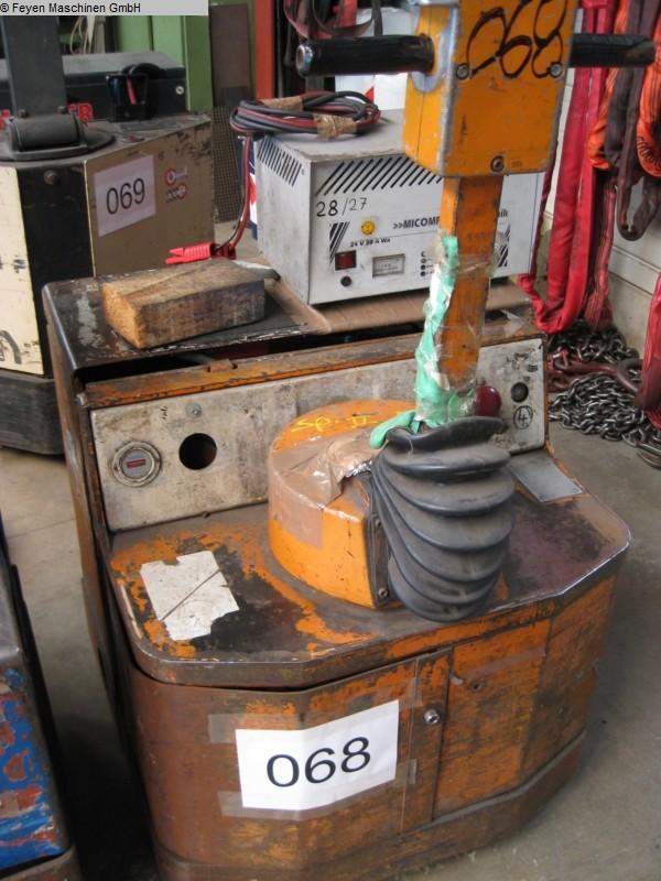gebrauchte Werkstatteinrichtung / Betriebsausstattung Gabelhubwagen - Elektro JUNGHEINRICH EGA-30-SO