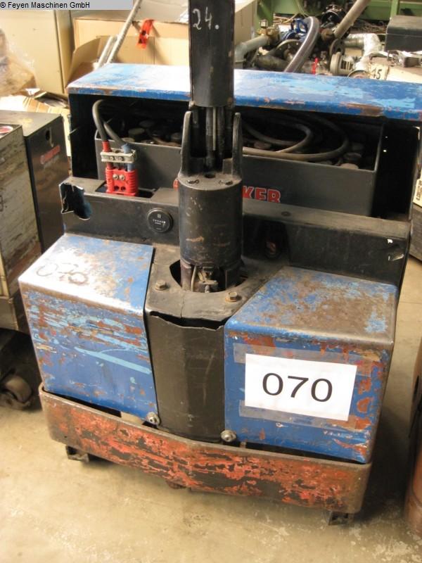 gebrauchte Werkstatteinrichtung / Betriebsausstattung Gabelhubwagen - Elektro CROWN