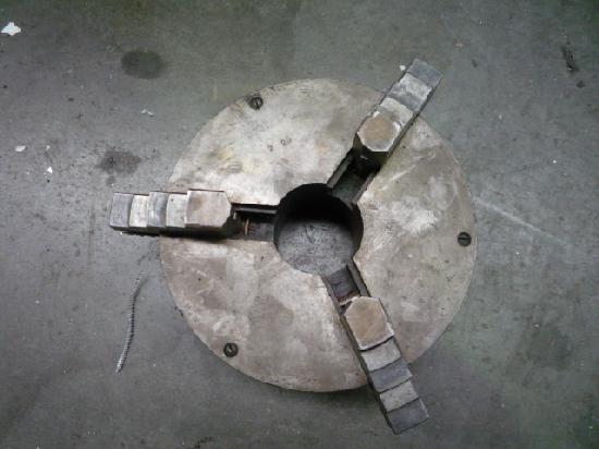 gebrauchte Maschinenzubehör Futter SCHUETTE 210