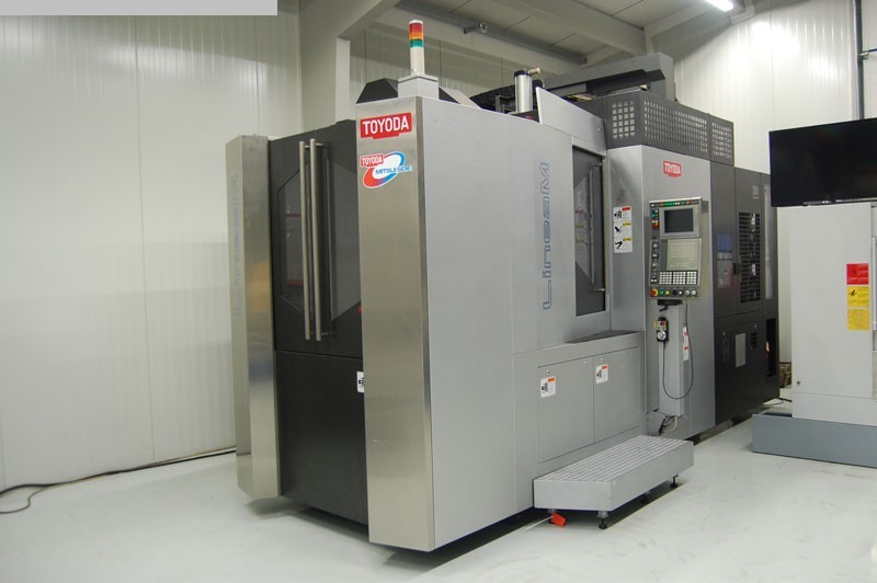 gebrauchte Maschine Bearbeitungszentrum - Horizontal TOYODA Lineam III