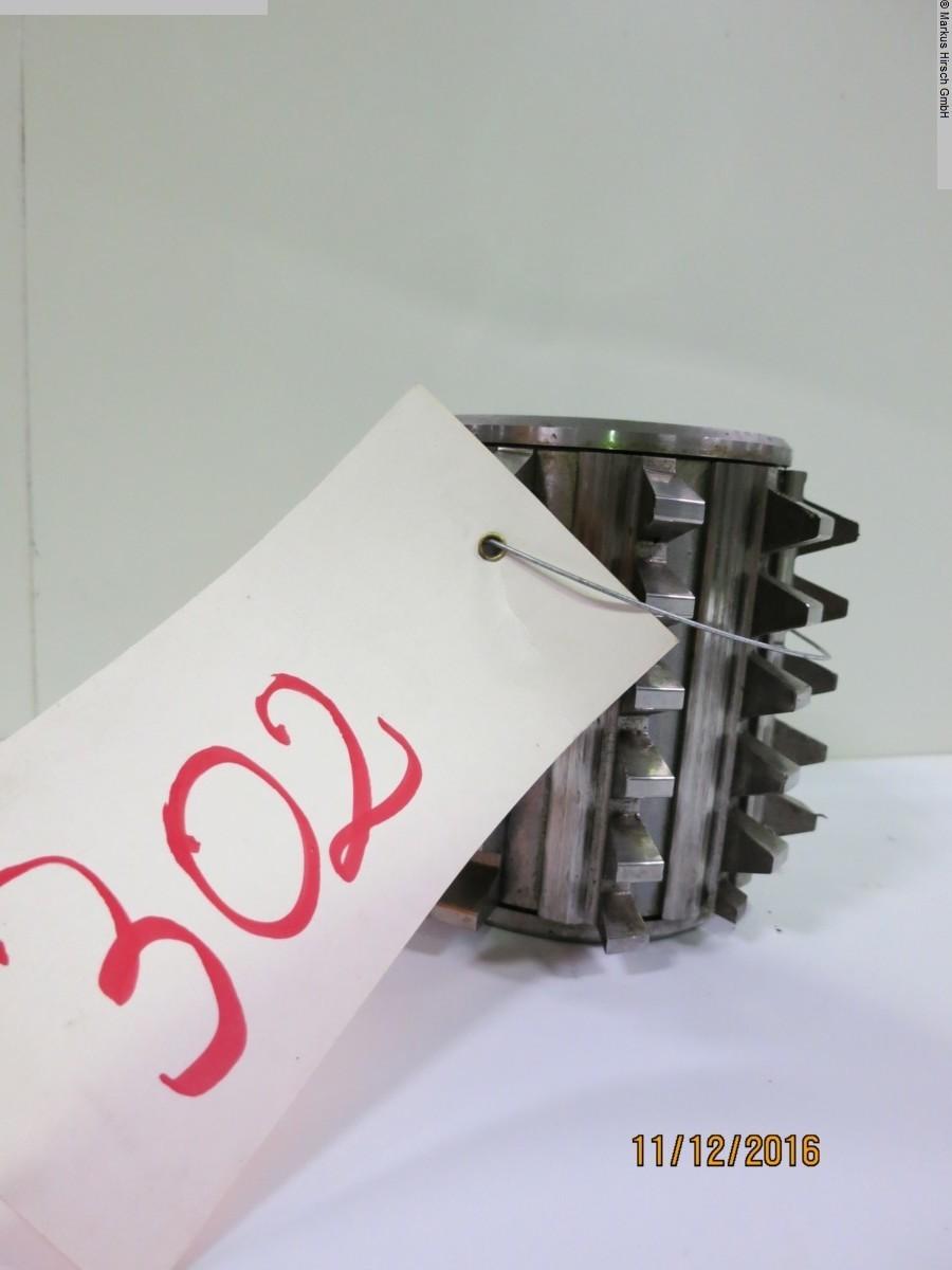 1077-Z00302