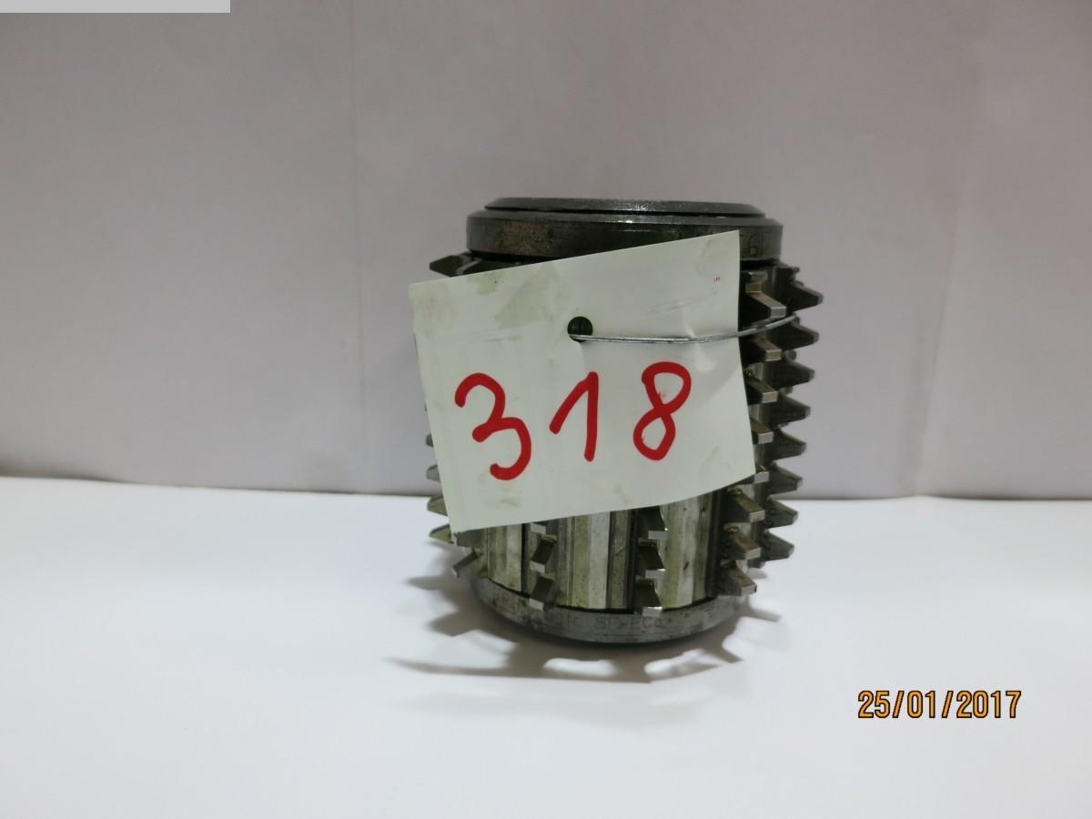 1077-Z00318