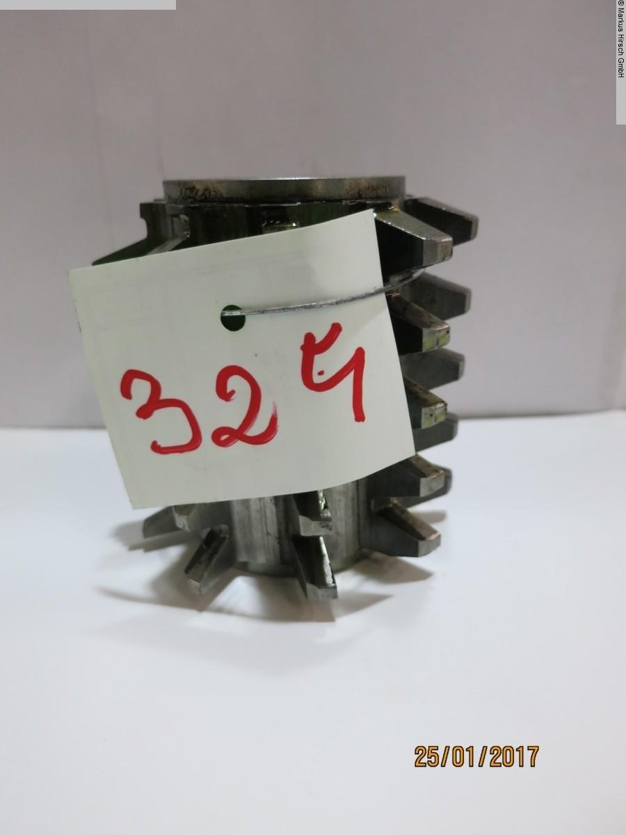 1077-Z00324