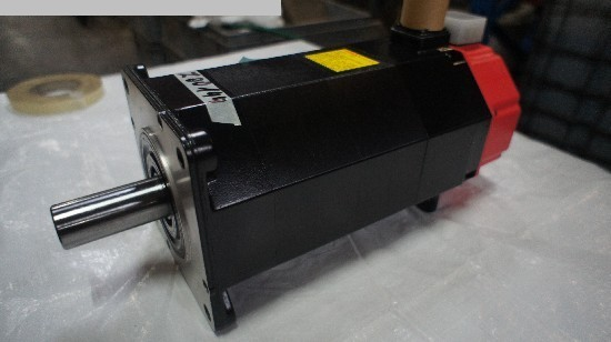 Photo 2 GE FANUC A06B-0502-B042 / 7000