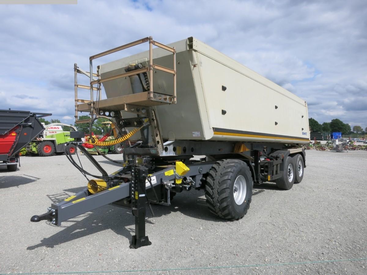 gebrauchte Bau- und Landmaschinen Tieflader SCHMITZ SKI 18