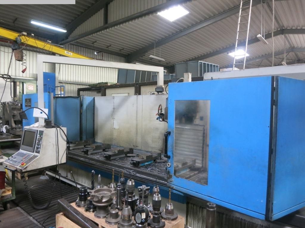 used Milling machines Bed Type Milling Machine - Universal AUERBACH FBE 3000