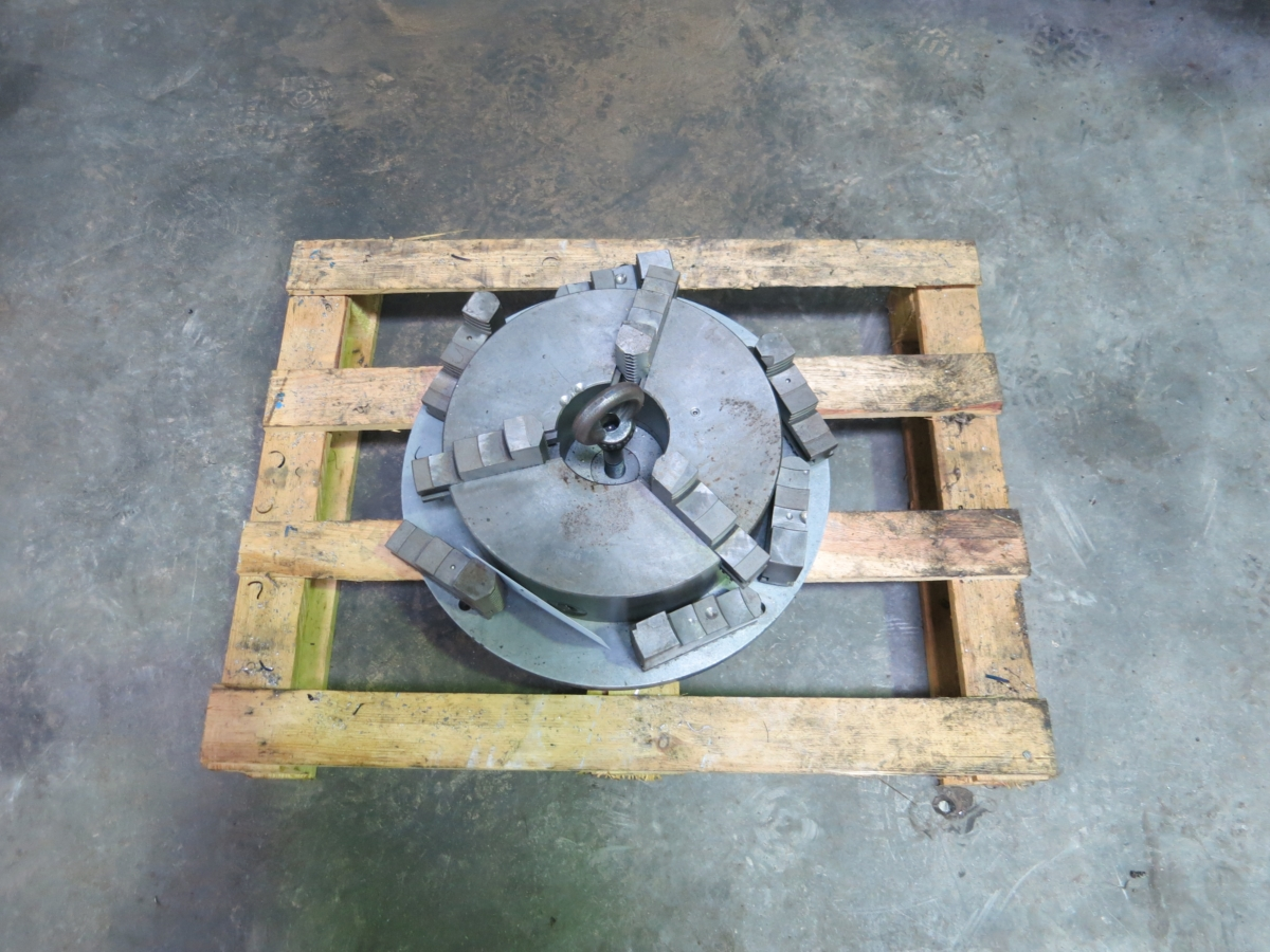 used Other accessories for machine tools Chuck  mit Spannbacken