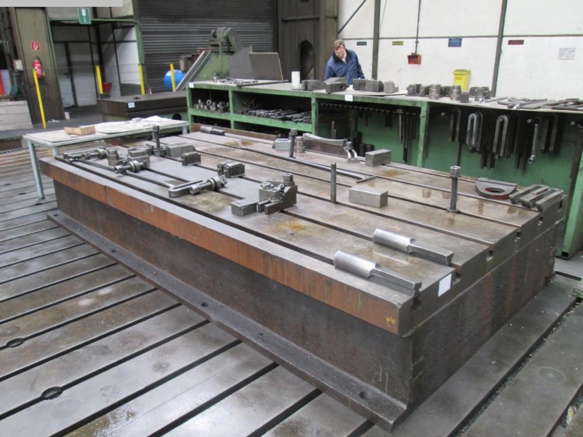 Autres accessoires pour machines-outils d'occasion Table de serrage
