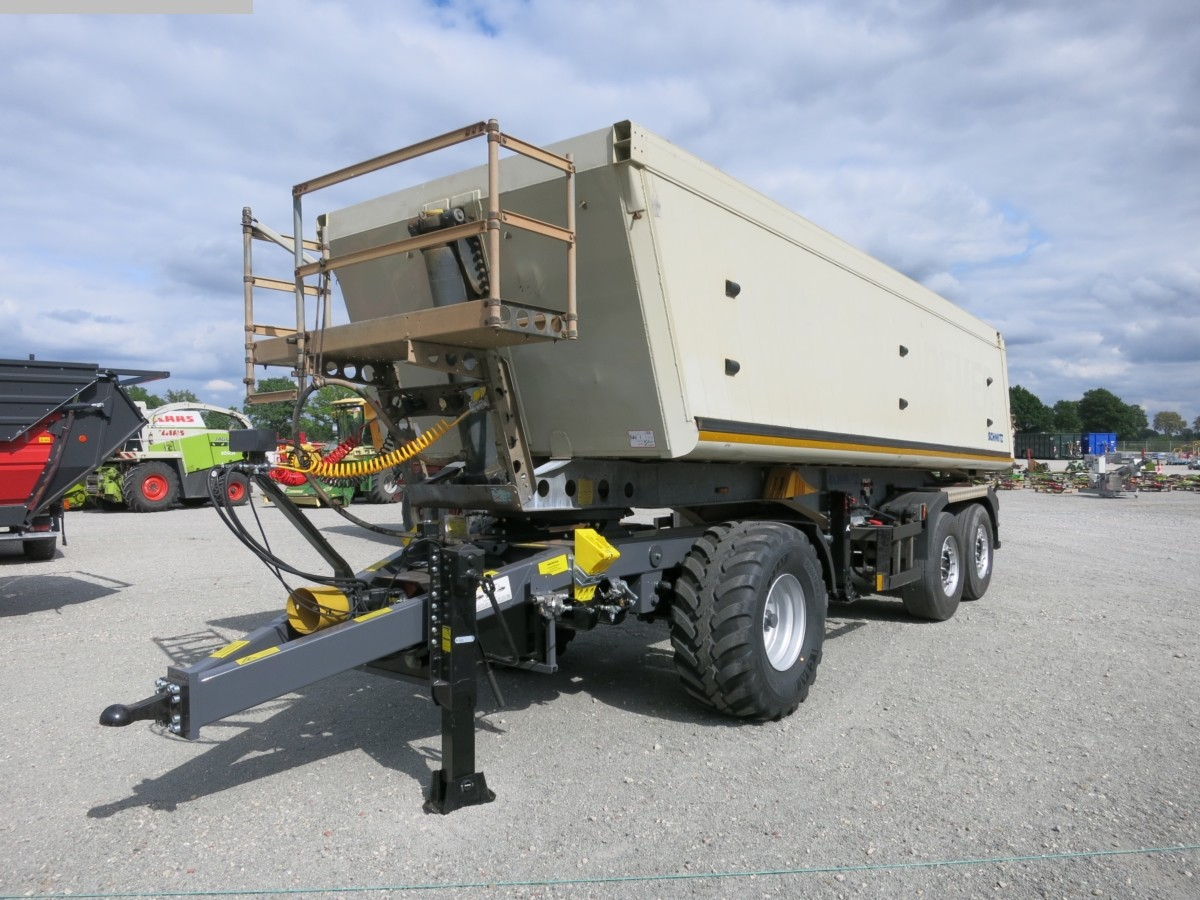 used Construction - Agricultural Machines Low bed SCHMITZ SKI 18